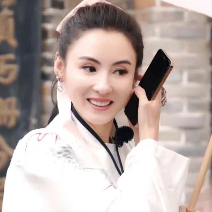 【美天棋牌】张柏芝的颜值有多绝相信只要是熟悉她的人都一定很清楚
