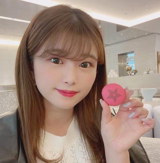 """【美天棋牌】NNPJ-440  :韩系巨乳美少女""""百瀬爱里""""的白虎小穴相当可口。"""