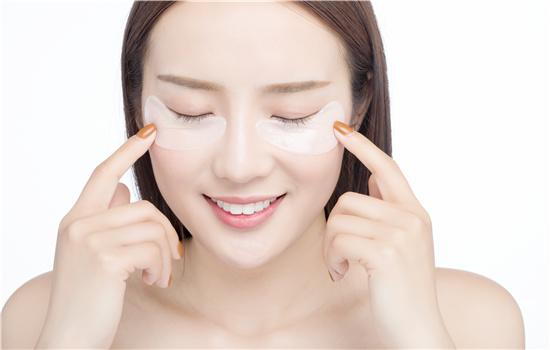 【美天棋牌】日本有花印的牌子吗 氨基酸洗面奶适合什么肤质