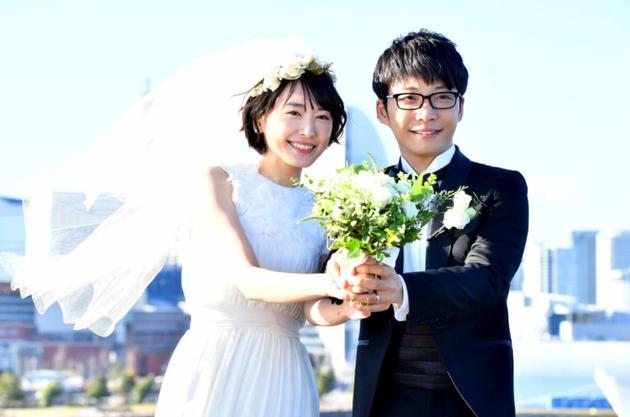 【美天棋牌】新垣结衣与星野源结婚 曾表示想在30岁前步入婚姻